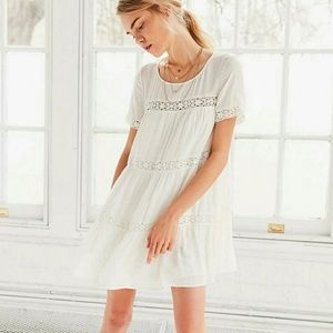Urban Outfitters Alice & UO Dress. Small